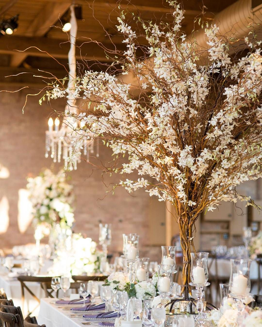 oversized centerpieces doesn t always have to be all florals this rh pinterest co uk
