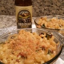 Deschutes Brew Pub Obsidian Stout Mac and Cheese with Bacon! Amazing!  http://www.dogsontap.com/deschutes-brew-pub-obsidian-stout-mac-and-cheese/