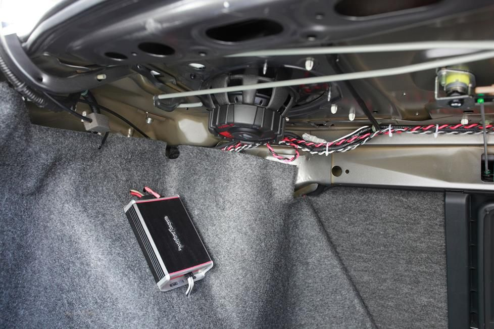 Step-by-step instructions for wiring an amplifier in your car