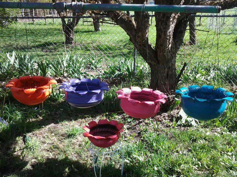 hanging tire flower pots - Garden Ideas Using Old Tires