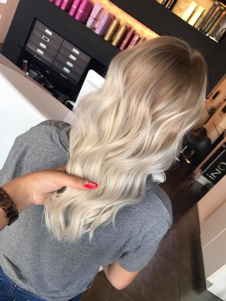 Perfect Blond Blond Weißblond Balayage Waves In