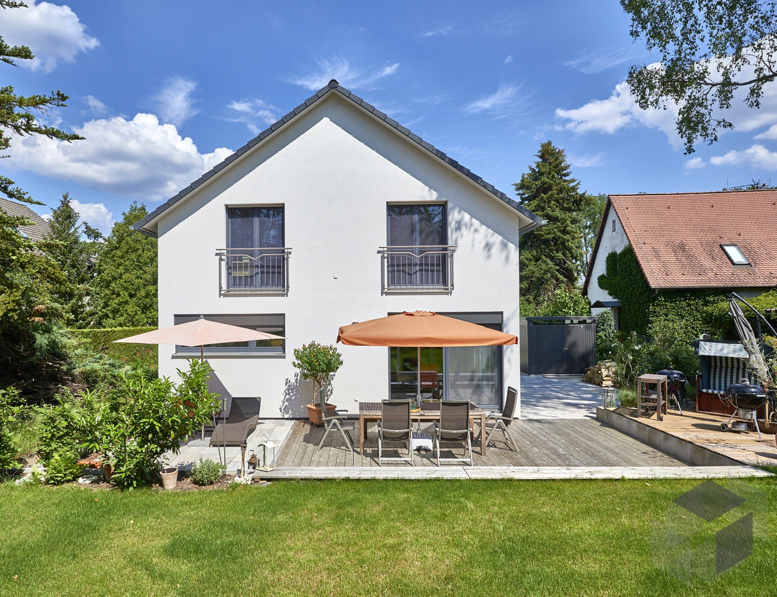 Garten vor dem 'Haus Seidel' von Fertighaus WEISS   Alle Infos zum ...
