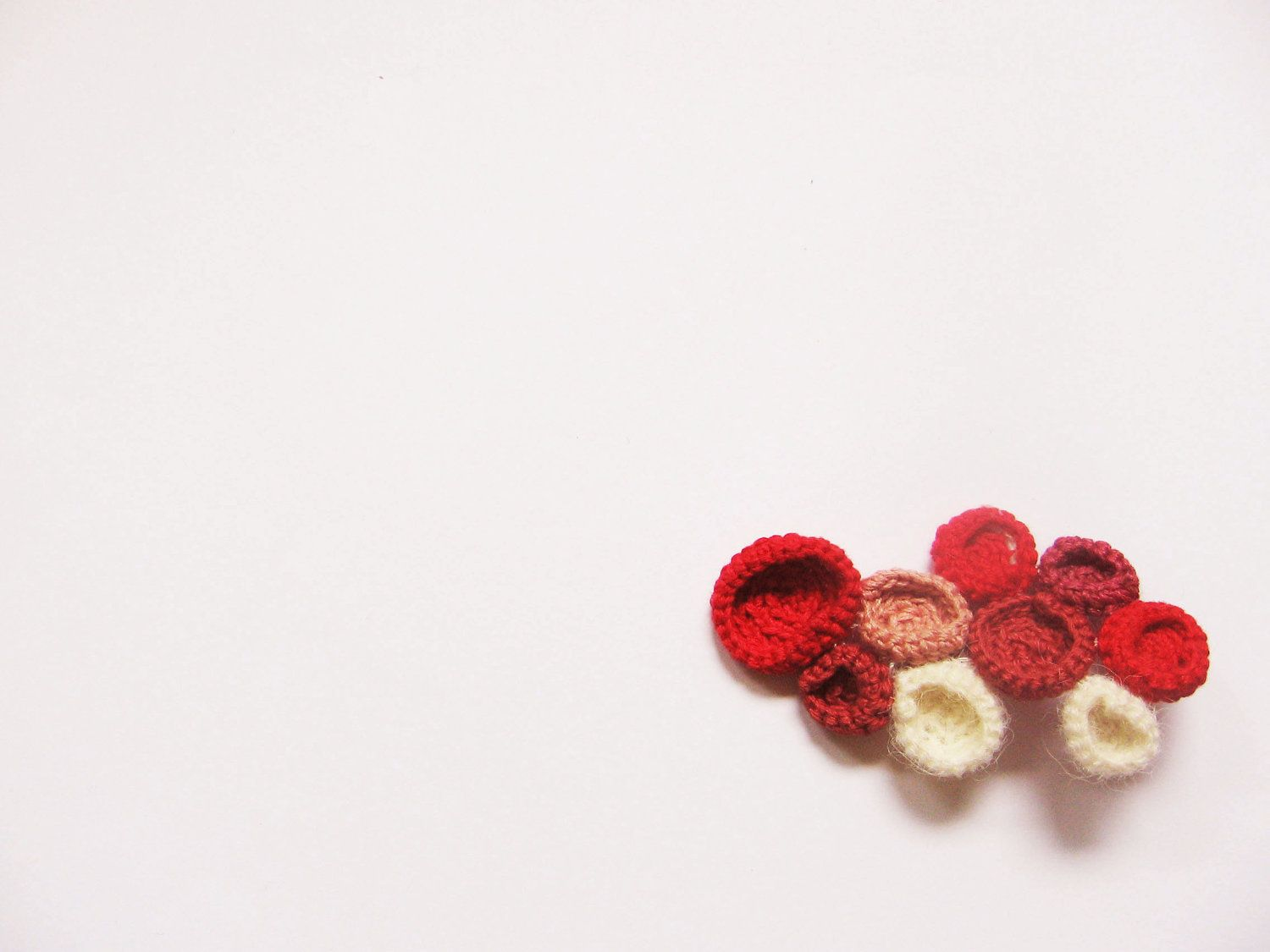 Bubbles brooch by @C. C. Any on etsy #red #burgundy #cream #white #circles #pink #bubbles #crochet #freeform #brooch #jewelry #cool #funky #geometric #modul #round