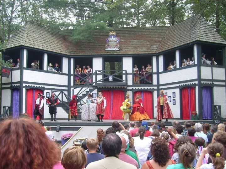 """Fan: Janice L. Zanolli of Weymouth  """"Living for the Faire!"""""""