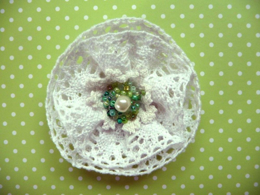 Shabby Blume Vintage Retro Spitzen Perlen Applikation Baby Landhaus Handarbeit
