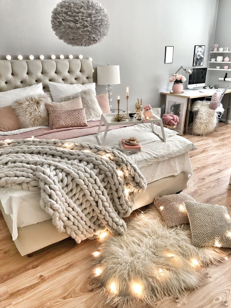 Wie man das Bett gemütlich dekoriert Schlafzimmer