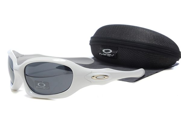 Oakley MONSTER DOG Sunglasses White Frame Black Lens , cheap discount  16 -  www.hats-malls.com 073eed8264