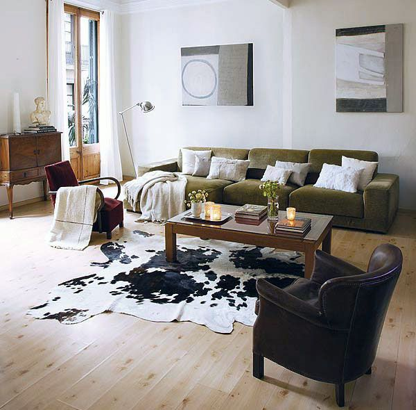 Neutral Chic Living Room With Cowhide Rugs Decor Ideas