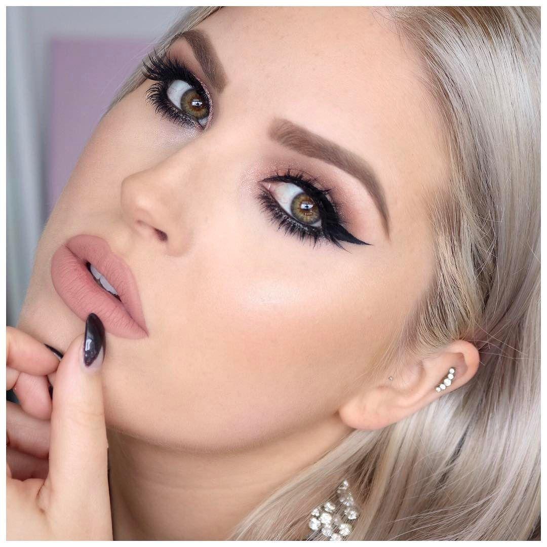 what makeup do makeup artists use