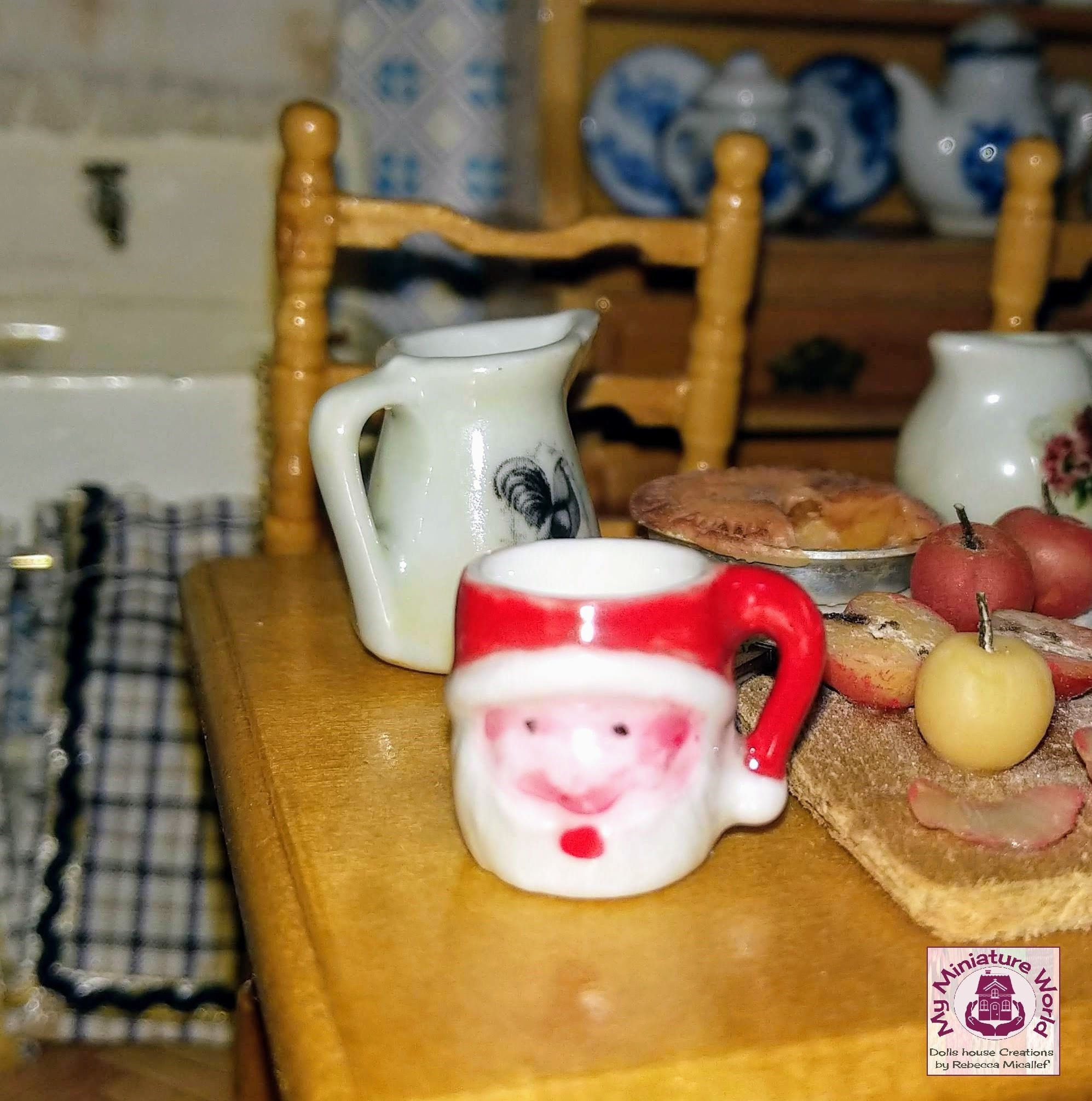 Handpainted Dolls House Miniature Polka Dot Plates x 4 Can Chose Your Own Colour