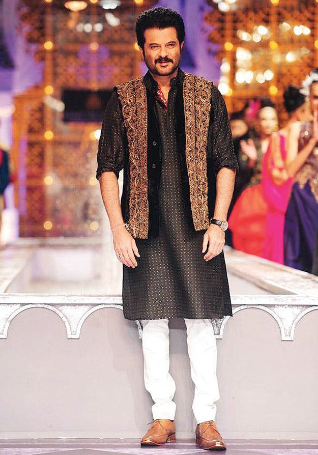 87f61e2b085 Latest Men Mehndi Kurta Designs 2017 In Pakistan 9