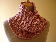 http://www.ravelry.com/projects/seni/bulky-cowl