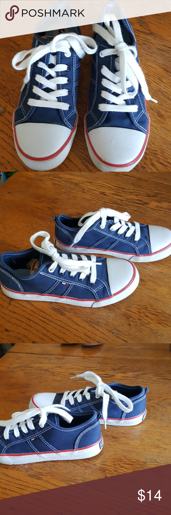bd6dedf13bb00e TOMMY HILFIGER GIRLS CANVAS TENNIS SHIES Tommy Hilfiger red white and blue  canvas tennis shoes girls size 3 gently used very good condition.
