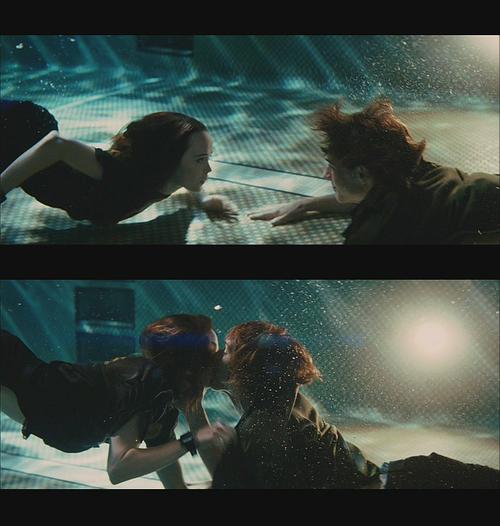Whip It What A Great Movie Movie Kisses Underwater Kiss Film Stills