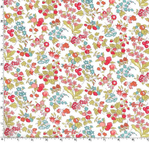 8439f95091456e Liberty London Classic - Nancy Ann - Tana Lawn - Tea Green (A ...