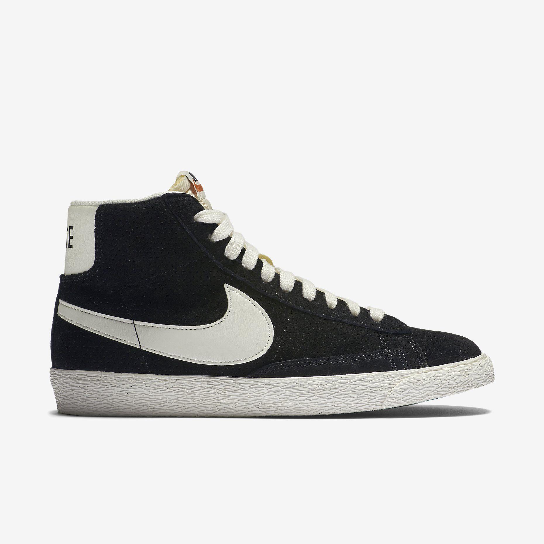 corona Días laborables invención  Nike Blazer Mid Suede Vintage Women's Shoe. Nike Store | Nike blazer, Nike,  Nike store