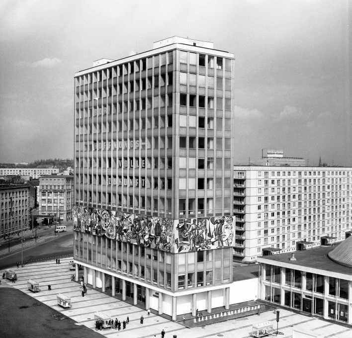 Radically Modern In 1960s Berlin 1 Berlin Geschichte Berlin Architektur