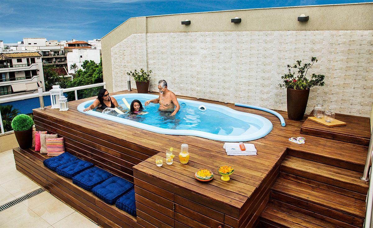 Piscina Imbe Branca Com Deck De Madeira Area Lazer Piscina