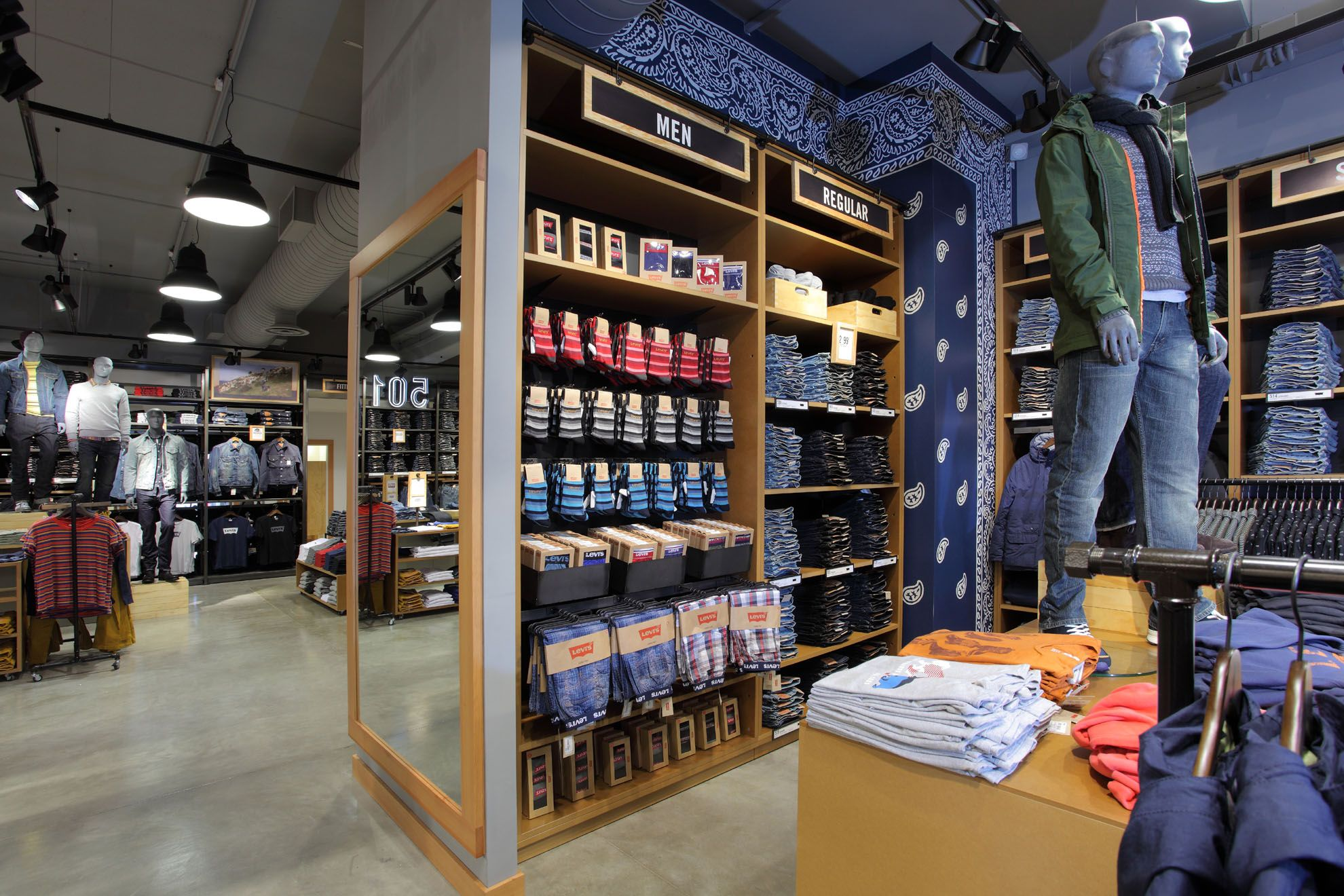 mosaico mondo vela  Levi's (Store) @Serravalle By AD Store & More #design #store #retail  #contract #work #managment #shop #ADSM