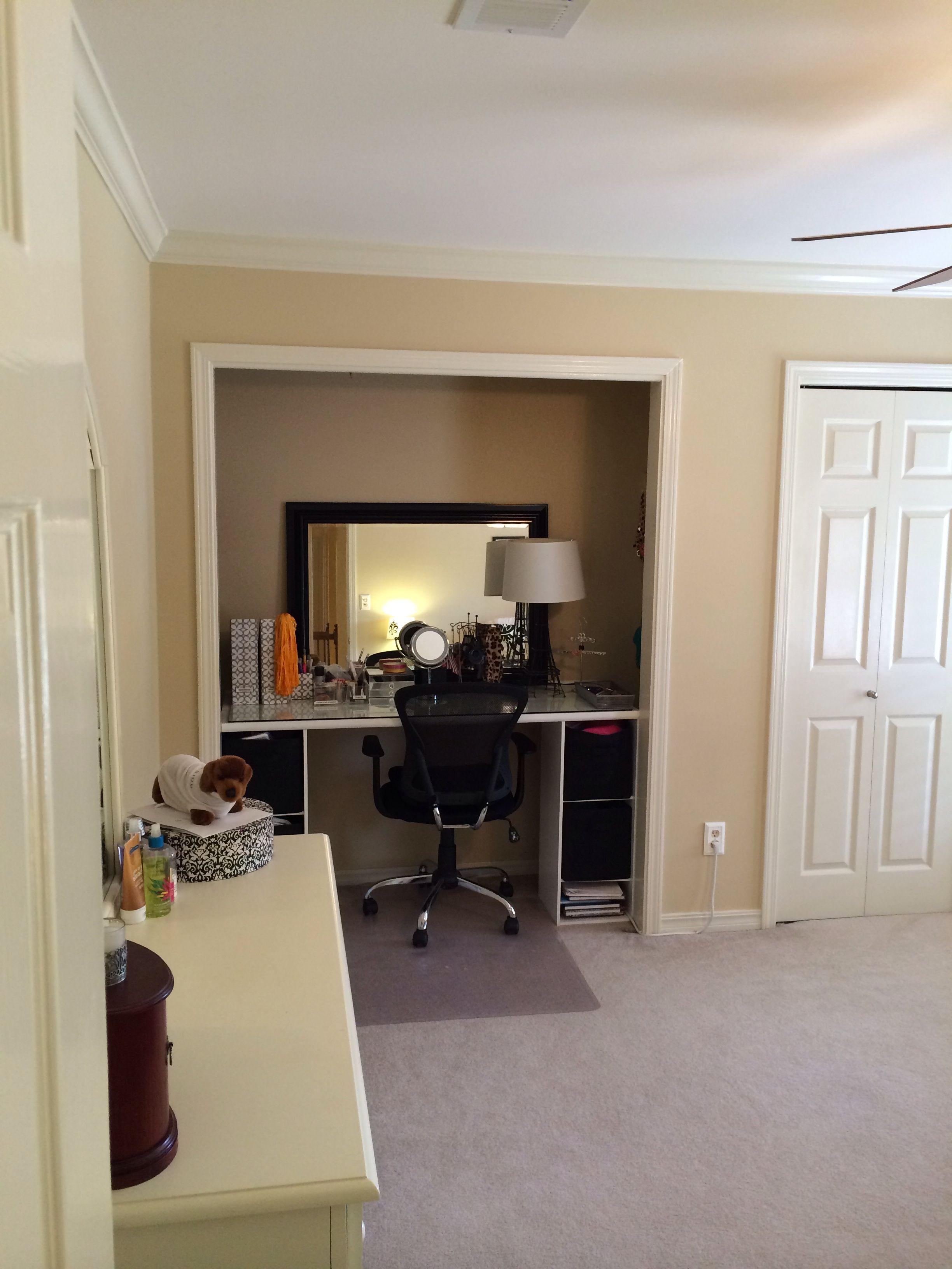 Cool closet desk idea! Home decor, Closet desk, Home