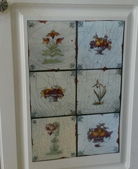 Help Me Find This Vintage Look Distressed Ceramic Tile Contact Paper I Purchased This To Decorate Cabinet Faces Years Ago A Ceramic Tiles Contact Paper Decor