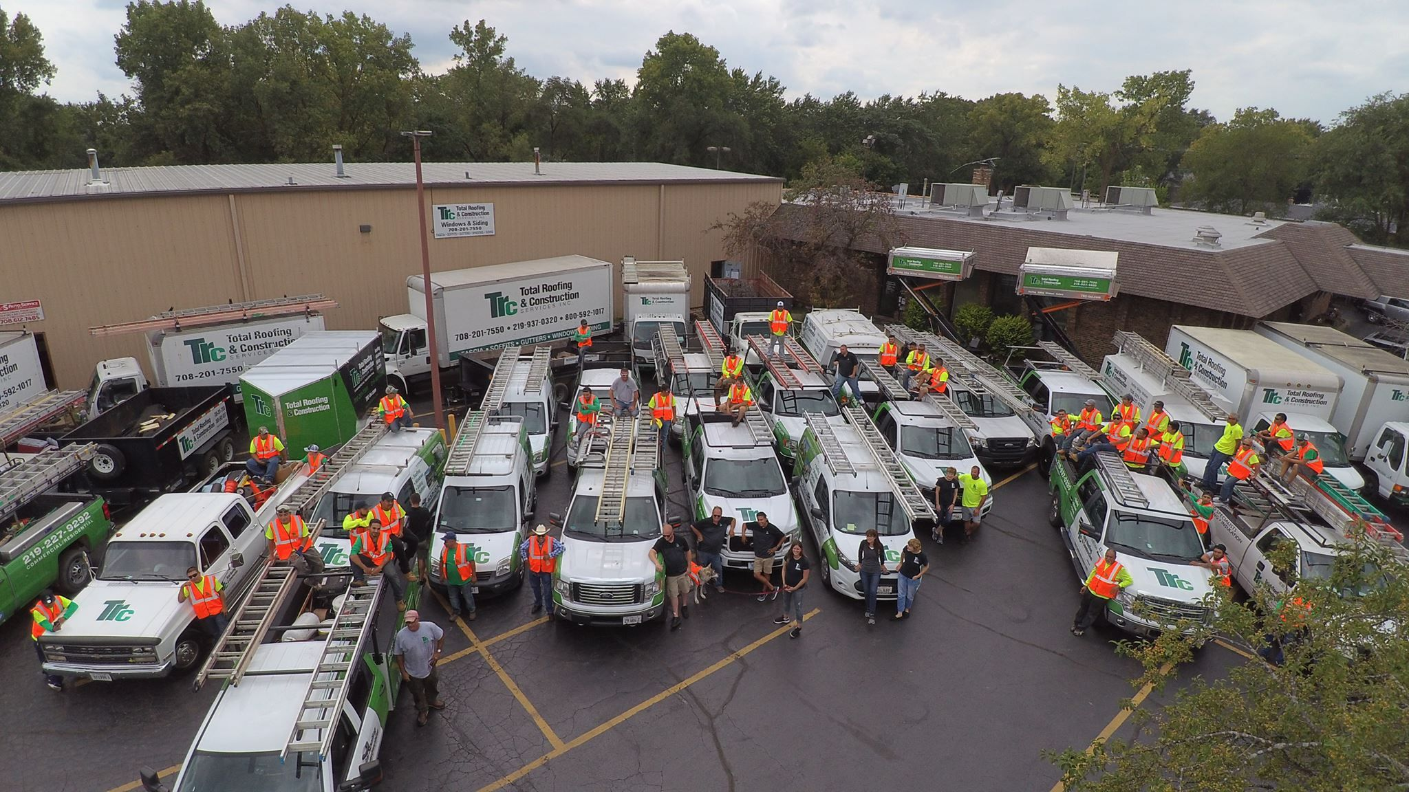 Team Total Taking A Team Photo In 2020 Residential Roofing Commercial Roofing Roofing