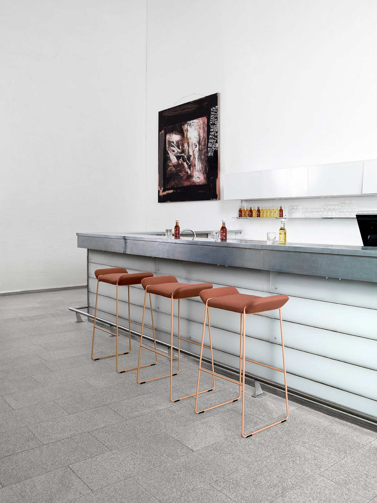 Frankie Design F Rg Blanche Johanson Design Chairs Pinterest # Meuble Tv Murale Meuble Tv Murale Design Ronna Mobilo Design