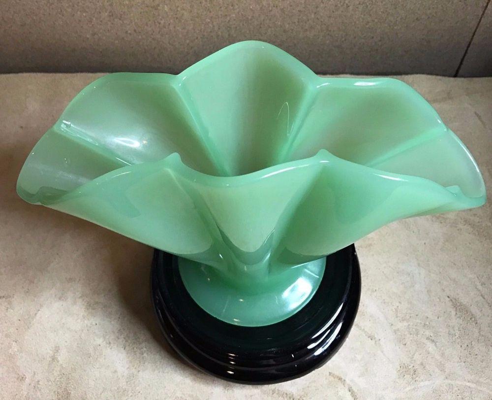 Vintage 1920s fenton jade green jadite fan vase 55 847 black vintage 1920s fenton jade green jadite fan vase 55 847 black glass plinth reviewsmspy