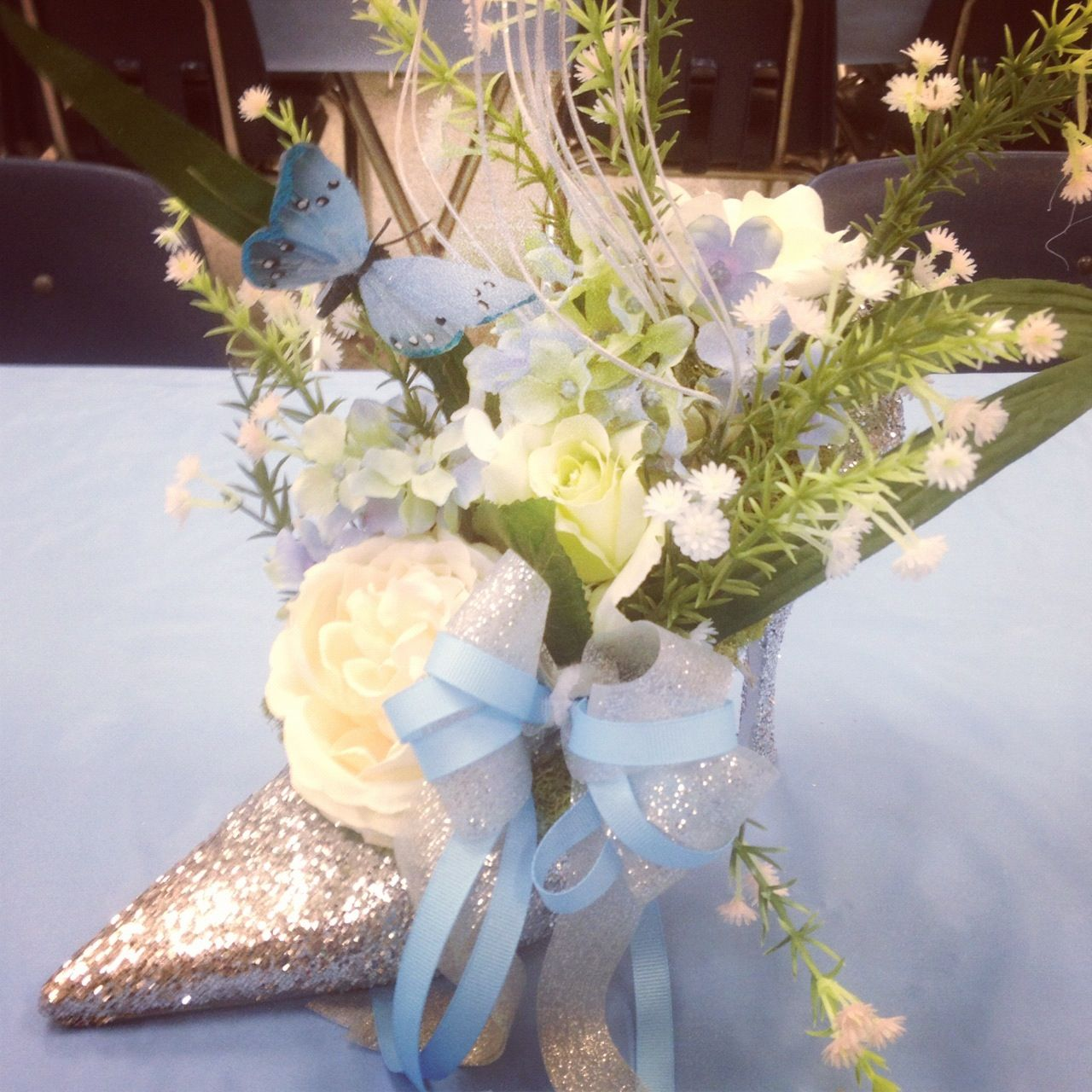 Cinderella's Coach and purple hydrangea reception centerpiece ...