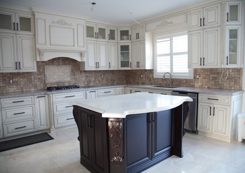 Br&ton Kitchen and Cabinets Ltd. » Traditional Kitchens & Brampton Kitchen and Cabinets Ltd. » Traditional Kitchens | Beyaz ...