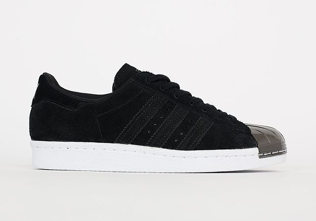 908d1b2748fe3 Pin by Frédo Lazura on ADIDAS shoes