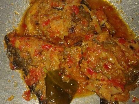 Resep Ikan Bawal Goreng Balado Oleh Rahmanita Resep Resep Ikan Makanan Resep Masakan Malaysia