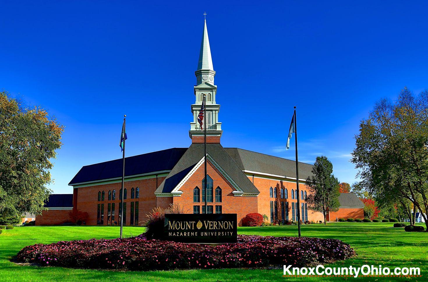 Mount Vernon Nazarene University >> Mount Vernon Nazarene University Chapel Photo By Sam Miller