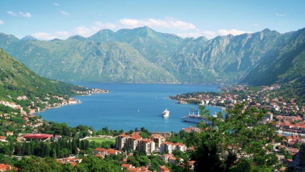 أين تقع مونتينيغرو Vacation Hot Spots Island Cruises Italy Tours