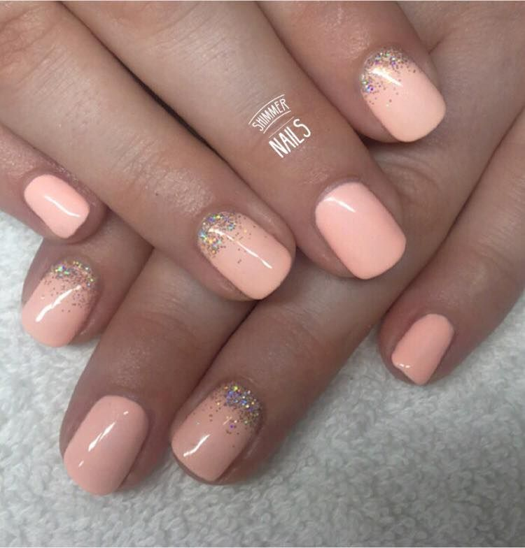 Christmas False Nails Uk: Peach Summer Nails With Gold Glitter Fades. Nailart