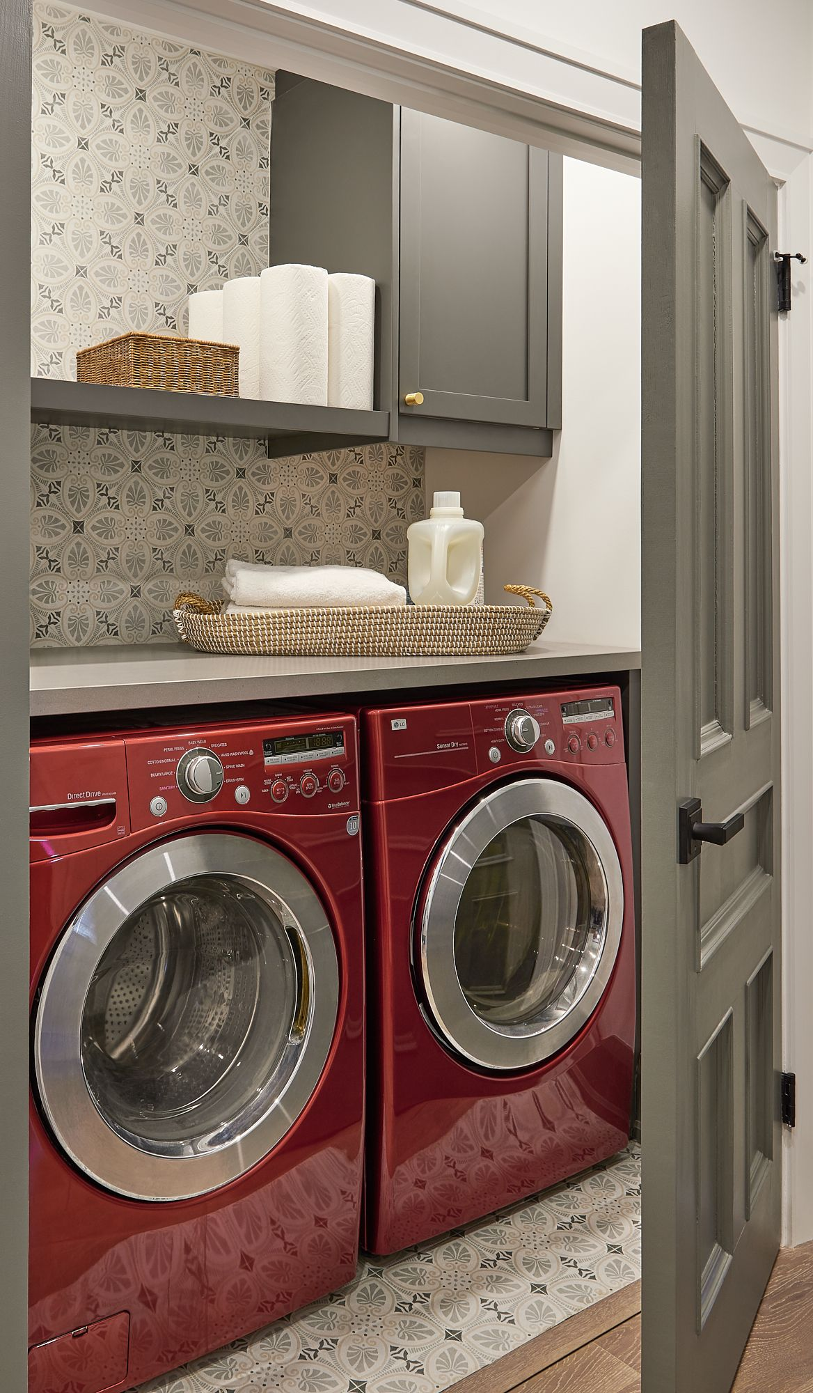 Laundry Room Fun In 2020 Red Laundry Rooms Red Washer And Dryer Laundry Room Tile