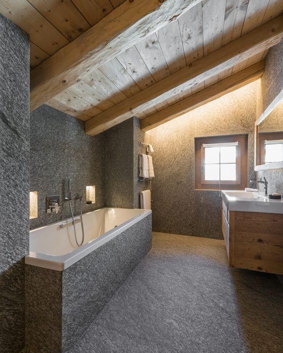Natursteinbad mit Bergcharakter   Bad einrichten, Naturstein bad, Bad