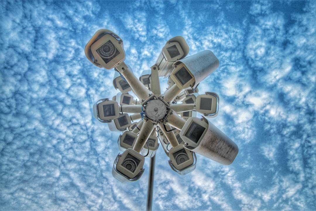 Do you ever get the feeling that maybe you are being watched?  Happy Monday! #sxsmoments #sxsbondi15 #sculpturebythesea #auspol #metadata #sxs #dailytelegraph #cityofsydney by mattnotsosmall http://ift.tt/1KBxVYg