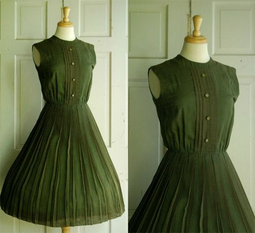1000  images about Green dresses first look on Pinterest  Green ...