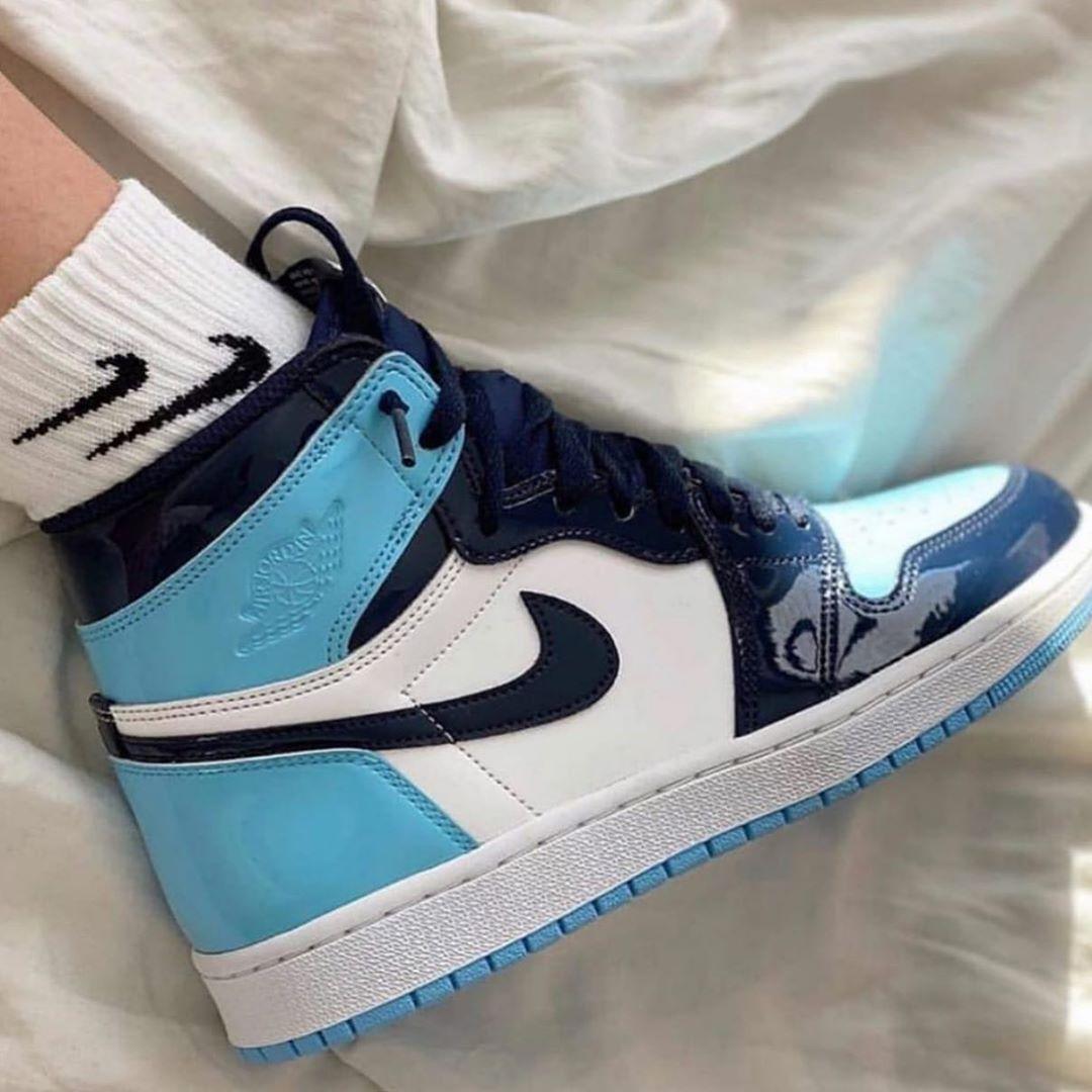 Zapasnations Com En Instagram Jordan 1 Blue Chill Miles De Modelos Ya Disponibles En Nuest Nike Fashion Shoes Jordan Shoes Girls Fashion Shoes Sneakers