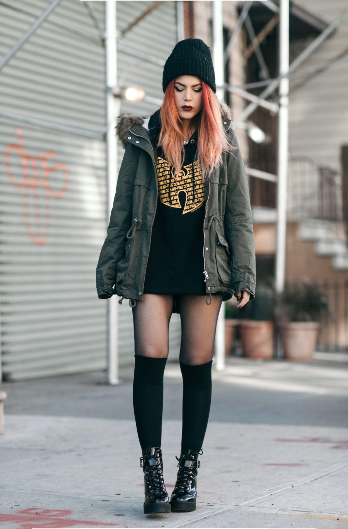 Black graphic oversized hoodie+black long socks+black lace