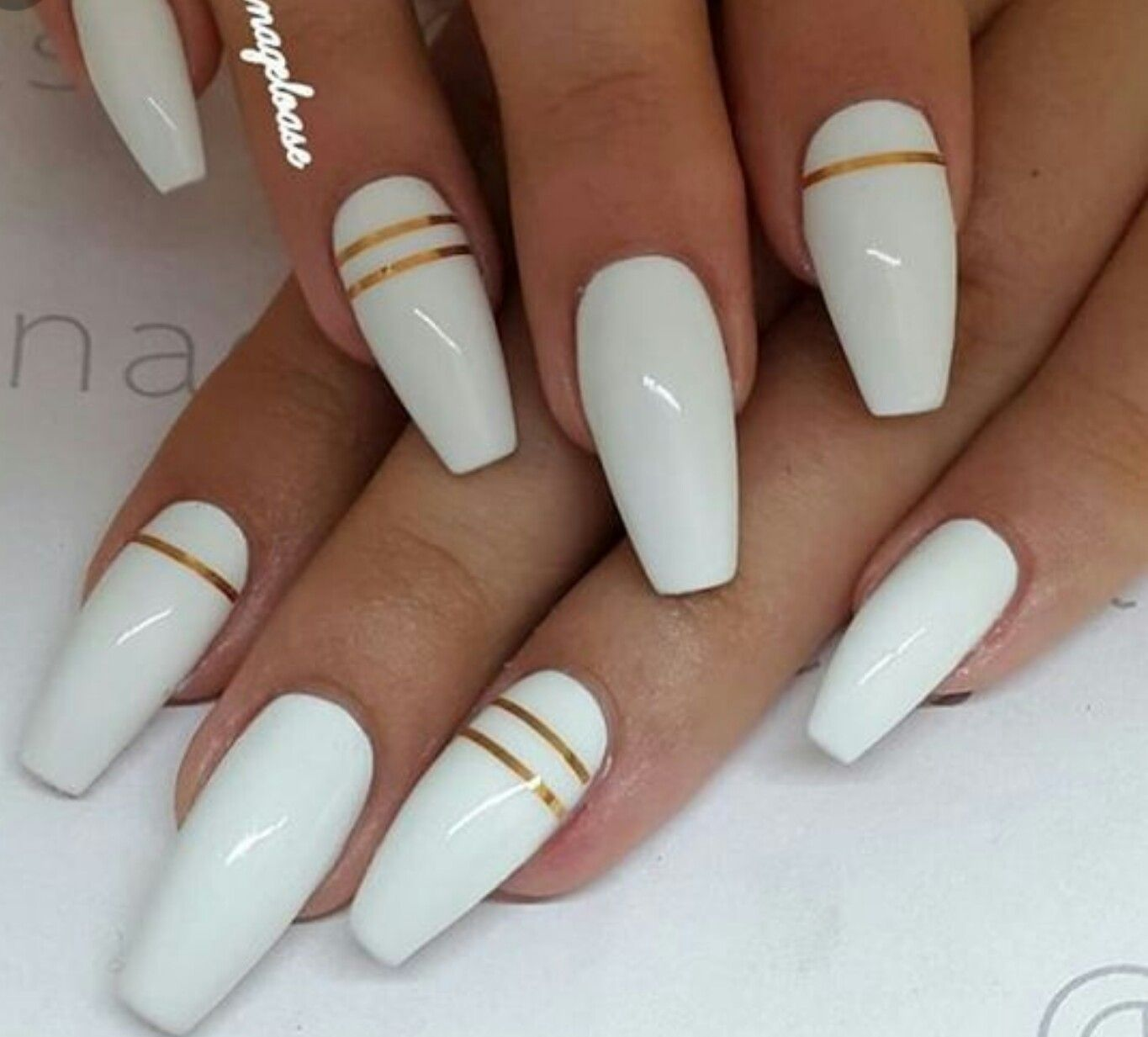White Nails With Gold Lines White Acrylic Nails Gold Nails Nail Designs Summer Acrylic
