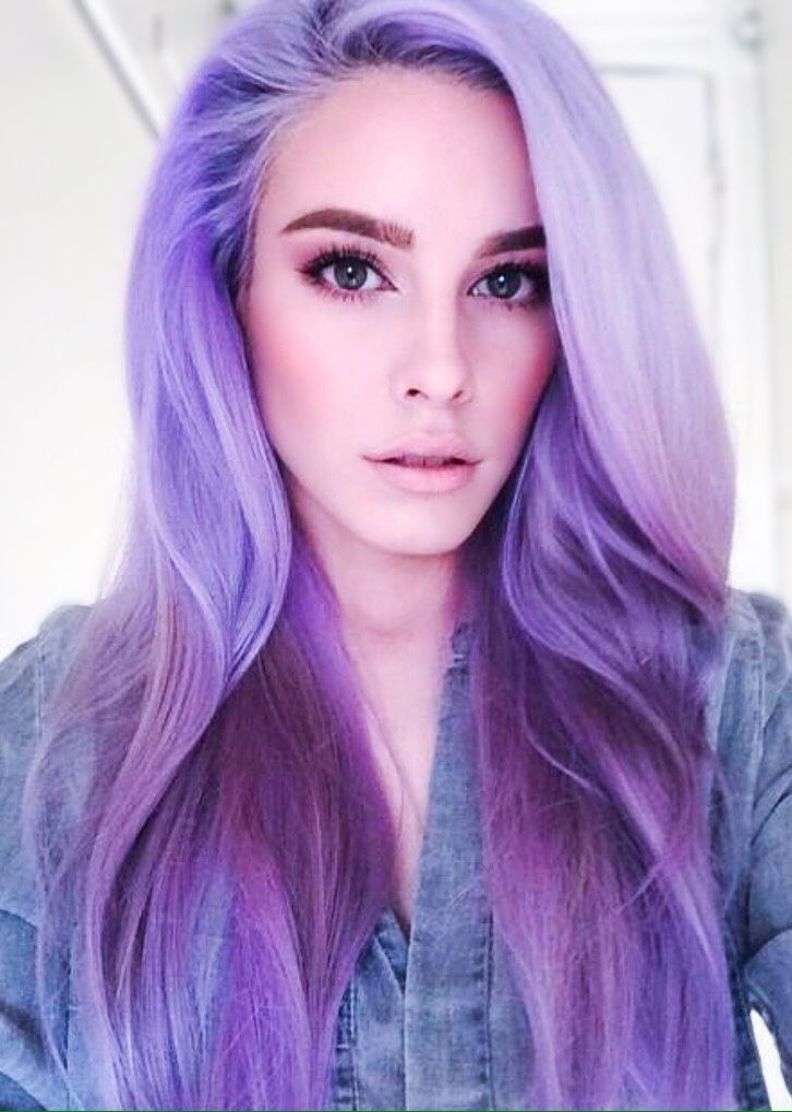 I love her natural looking makeup and magical lavender ...