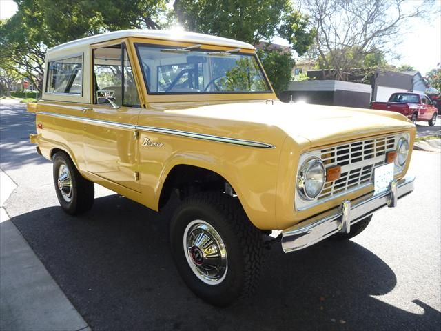 Yellow Ford Bronco Ford Bronco Classic Ford Broncos Classic Cars
