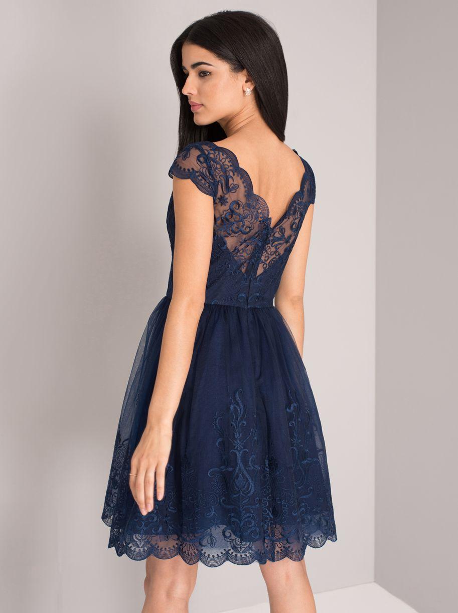 6138b11a Chi Chi london miah granatowa haftowana w 2019 | sukienki | Sukienka ...