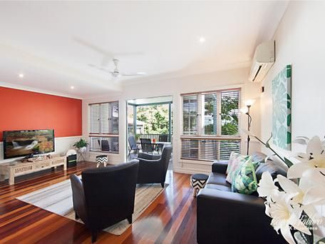 7 15 cleveland terrace north ward qld 4810 unit for sale
