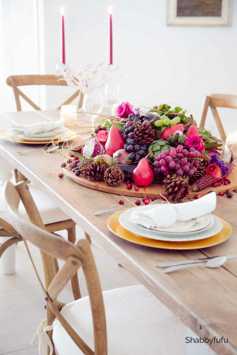 #falltablesettings #tabledecorations #tablescapes #tablecenterpieces #tabledecor #tablesettingideas #falltablesettings #farmhousetablesettings #dinnertpartytablescapes #DIYtablesettings #casualtablesettings #beautifultablesettings #uniquetablescapes #harvesttablesettings #thanksgivingtablesettings #autumntablescapes