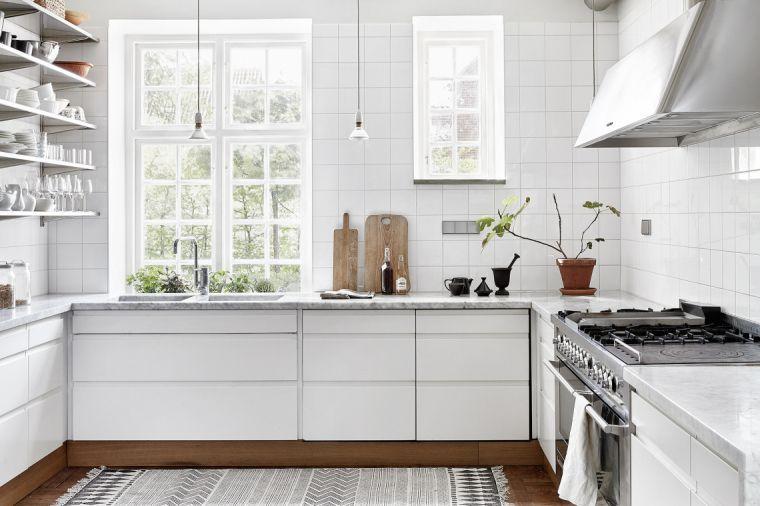 Tegels Keuken Witte : Mooi voor in huis: witte vierkante tegels tegels voor het huis en