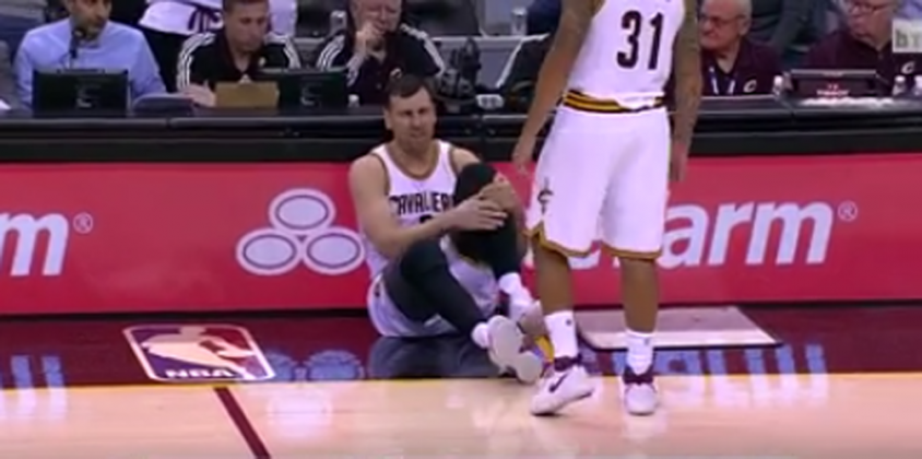 Andrew Bogut Breaks Leg in Cavaliers Debut  e179df789