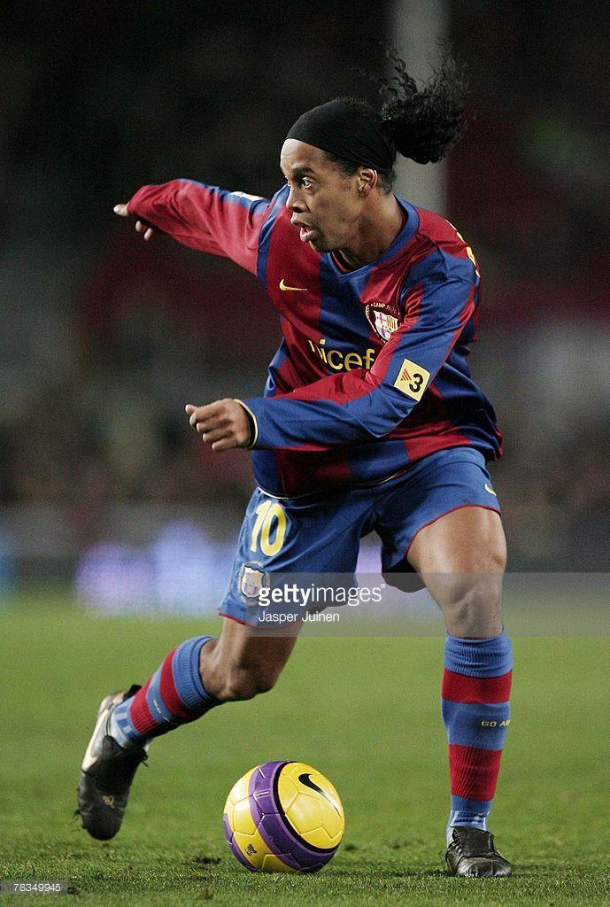 Barcelona V Deportivo La Coruna La Liga Photos And Premium High Res Pictures Ronaldinho Wallpapers Lionel Messi Barcelona Best Football Players
